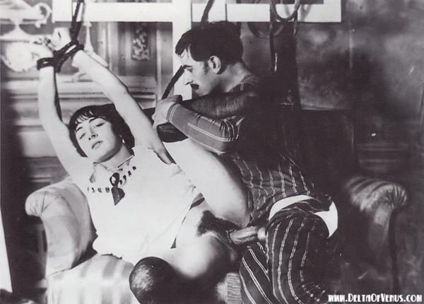 Vintage Porn 1920s – Trussed & Taken