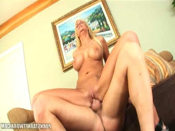 Busty Blonde Phoenix Marie Rubs Her Hot Pussy With A Cock In It 33