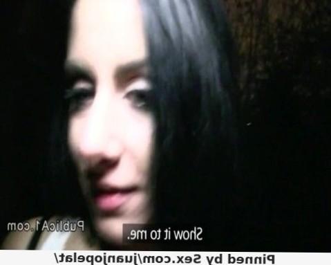 Czech Brunette Babe Fucks For Cash In Piblic